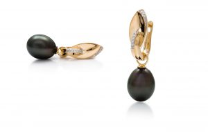 Black Tahitian South Sea Pearl Earrings Broome