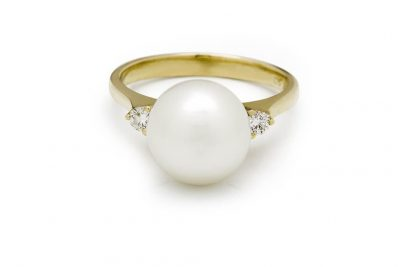 White South Sea Pearl Ring Broome